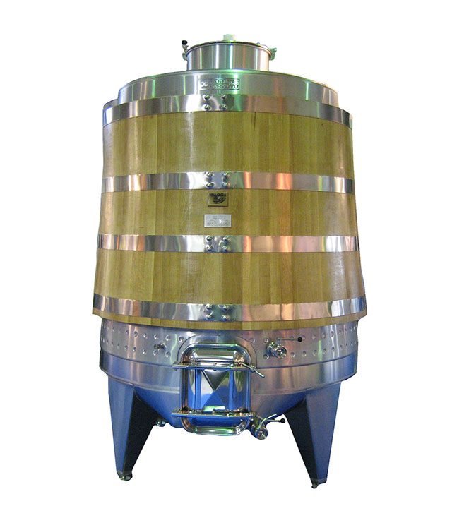 Oak-Steel wine fermentor